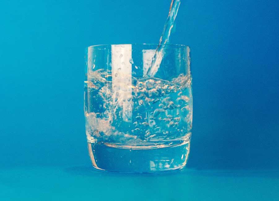 Botellas de agua km 0
